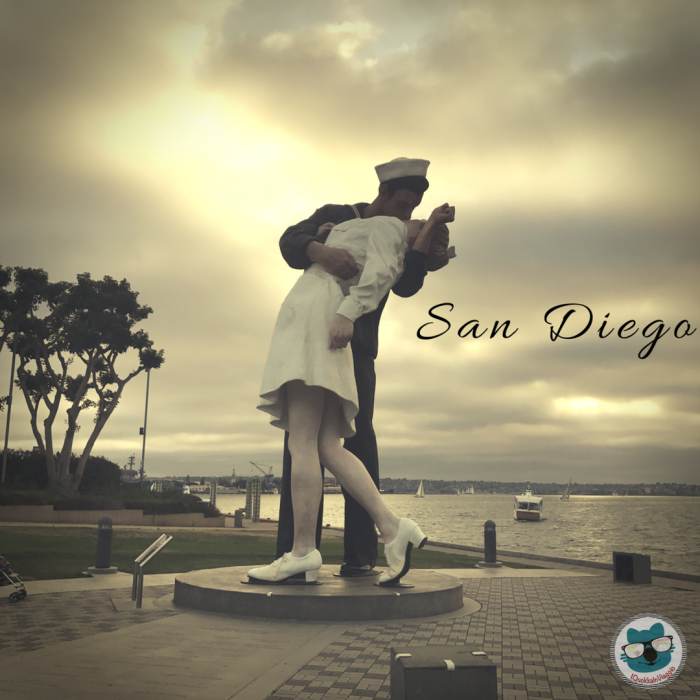 San Diego - Kissing Statue