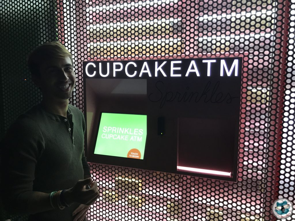 Los Angeles - Sprinkles Cupcake ATM