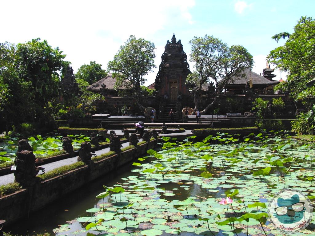 Bali - Pura Saraswati
