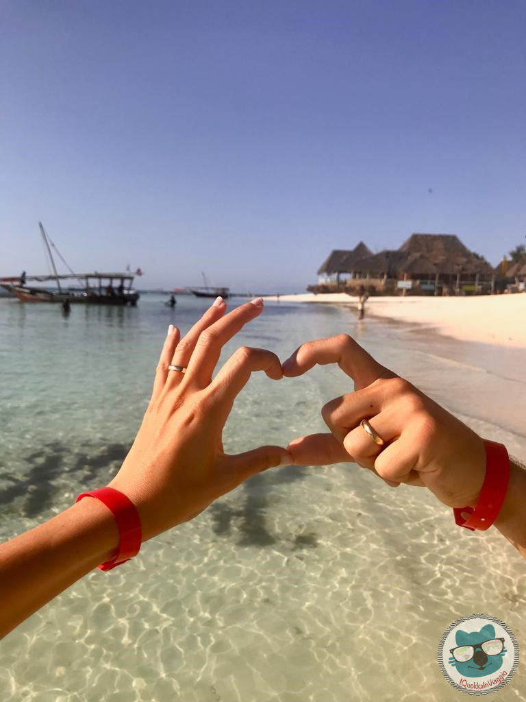 Zanzibar - Hands